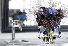 Flowers And More Flowers For Home Decorating.Ways To Cleaning Your Artificial Plants Wearefound Home . 40 Easter Table Dcor Ideas To Make This Family Holiday . Pyrus, Send Flowers, Easter Table, Glass Containers, Simple Elegance, Artificial Plants, Family Holiday, Flower Delivery, Hydrangea