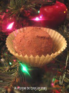 Ma cuisine de tous les jours: Truffes au chocolat noir Muffin, Breakfast, Desserts, Dark Chocolate Truffles, Gentleness, Kitchens, Morning Coffee, Tailgate Desserts, Deserts