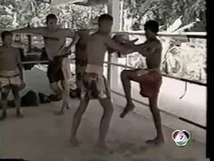 Muay Thai Clinch and Knee Techniques from Thailand | Muay Thai Scholar http://www.muaythaischolar.com/muay-thai-clinch-knee-techniques-thailand/