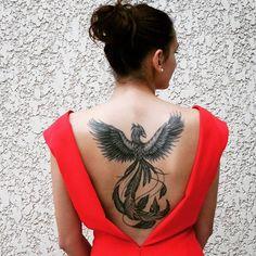 Confira nossa super seleção com 55 fotos de tatuagens de fênix lindas para você se inspirar!