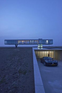 360 °: Design Villa Kogelhof in Zeeland - cool architecture - Architektur Cantilever Architecture, Le Corbusier Architecture, Architecture Cool, Architecture Résidentielle, Contemporary Architecture, Floating Architecture, Installation Architecture, Chinese Architecture, Town Country Haus