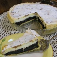Kinder mliečny rez - rýchly a výborný koláčik bez múky! Czech Desserts, Sweet Desserts, Sweet Recipes, Cake Recipes, Slovak Recipes, Czech Recipes, Slovakian Food, Types Of Cakes, Healthy Cookies