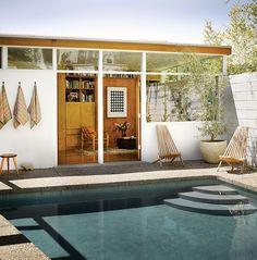 Jessica De Ruiter's 1950s Backyard in Silverlake #pool #midcentury #architecture