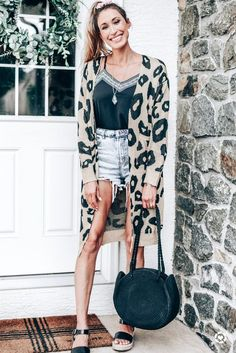 #fashion #outfitinspiration #leopardprint #fallfashion #falloutfits #cardigan