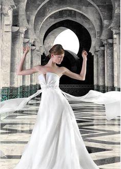 #Newcollection #collection2015 #CMcreazioni #MadeinItaly #bride #bridal #sposa #wedding #weddress #weddingdress #weddingfashion #white #whitedress #abitisposa #abitosposa #abitidasposa #abitodasposa #marriage #matrimonio #instabride #instawedding #style #fashion #fashionwedding #Italy