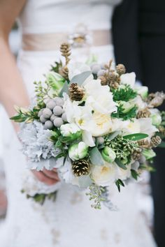 Ivory and Grey Winter Bouquet | photography by http://www.lanebaldwinphotography.com/