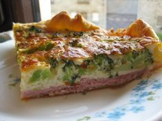 Quiche aux brocolis et jambon - MY 8 yr old made this and added scallions and OMG it was gooooood!