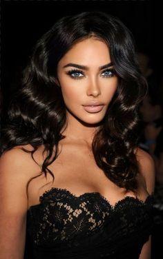 Brunette Makeup, Brunette Beauty, Hair Beauty, Most Beautiful Eyes, Gorgeous Women, Pure Beauty, Beauty Women, Et Tattoo, Model Face