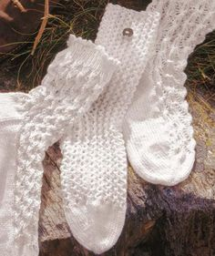 Yarns for crochet and knitting instructions - Pattern for summer cotton socks (looks very nice even with small socks) Best Picture For anello on - Knitting Socks, Baby Knitting, Crochet Slippers, Knit Crochet, Knitting Patterns, Crochet Patterns, Sweater Patterns, Mittens Pattern, Patterned Socks