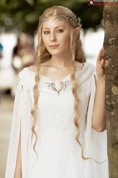 Galadriel cosplay by Ilse Einmyria at MCM London Comic Con