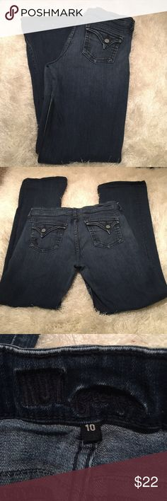 Kut from the Kloth jeans sz 10 Lovely shape, gently worn! No stains, and only very minimal wear to ends. Zipper flows smoothly. Inseam measures nearly 32 inches. 98% cotton 2% spandex. Cute back pocket detailing! Bundling is fun; check out my other items! No price talk in comments. No trades or holds. Kut from the Kloth Jeans Boot Cut