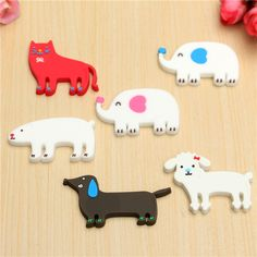 Cute Colourful Animal Earphone Headphone Cable Cord Organizer Manager Wire Wrap Winder Features: It is used for wrapping your headphone safely, keeping the cord Headphone Wrap, Headphone Holder, Cord Organization, Colorful Animals, Cute Diys, Wire Wrapping, Wraps, Kids Rugs, Crafty