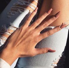 Les tendances couleurs de vernis à ongles