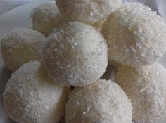 Coconut Raffaello Balls With Fewer Carbs and Sugar-Free