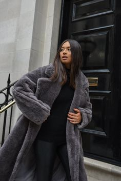 Trench Coat Outfit, Leather Trench Coat, Shearling Coat, Trench Coats, Black Teddy Bear Coat, Teddy Coat, Faux Coat, Wool Coat, Grey Sweater