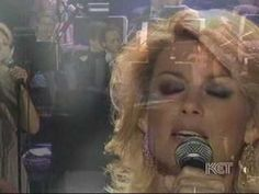 ▶ Faith Hill sings Oh Holy Night - YouTube