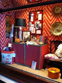 Mix and Chic: Gorgeous window displays by designer Eddie Ross!