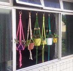AMARREI - Macrame Plant Hanger