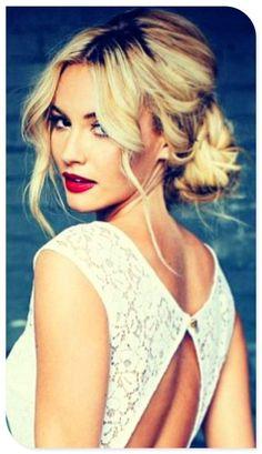 Wedding hair, fun low bun! This is simple but elegant! #weddinghair #weddinginspiration by angelia