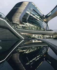 """Sky Soho by @zaha_hadid (2014) R.I.P, #Shanghai #China ... Via @whisky.arch ... Site area: 86,000 sqm. Gross Floor Area: 342,500 sqm."""