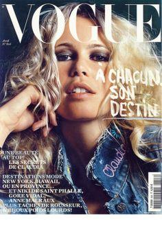 Vogue Paris Decembre / Janvier 2001-2002