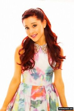 Meet Ariana Grande before I die Hollywood Couples, Hollywood Stars, Famous Celebrities, Celebs, Star Wars, Ariana Grande Pictures, Sofia Carson, Famous Singers, My Idol