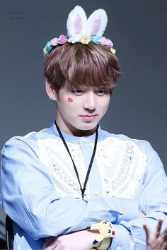 Read 114 from the story 138 Pruebas TaeKook by FelixCuteFreckles (Kkaebsong 🌹) with reads. —Taehyung eligió a Jungkook como el mie. Foto Jungkook, Foto Bts, Jungkook Lindo, Jungkook Cute, Jungkook Oppa, Bts Bangtan Boy, Jungkook 2017, Jungkook Smile, Jung Kook