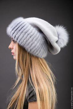 Knitted Beret, Crochet Beanie, Crochet Hats, Fancy Hats, Cute Hats, Fur Accessories, Winter Hats For Women, Knitwear Fashion, Love Hat
