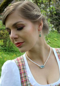 Elegant, Rhinestones, Pearls, Dirndl, Earrings, Silver, Women's, Classy, Chic