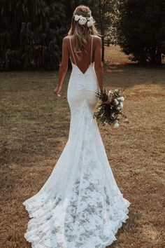 Wedding Dress Mermaid Lace, Wedding Dress Black, Boho Wedding Dress With Sleeves, Open Back Wedding Dress, Wedding Dress Trends, Country Wedding Dresses, Modest Wedding Dresses, Elegant Dresses, Spaghetti Strap Wedding Dress