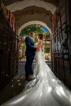 Mermaid Wedding, Royal Blue, Events, Luxury, Wedding Dresses, Fashion, Bride Dresses, Moda, Bridal Gowns