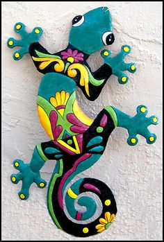 Hand painted metal gecko wall hanging - Tropical metal garden art - Handcrafted in Haiti from recycled steel drums - tropicdecor.com
