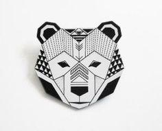 Brosche in Bärenkopf-Form // Bear head brooch by enna via DaWanda.com by angela