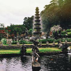 Tirta Ganga, Bali