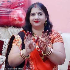 Plus Size Womens Clothing, Clothes For Women, Online Marriage, Rajasthani Dress, Beautiful Housewife, Beautiful Women Over 40, Indian Beauty Saree, Beautiful Saree, Woman Face