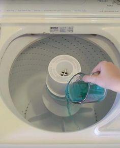 She pours mouthwash into her washing machine!