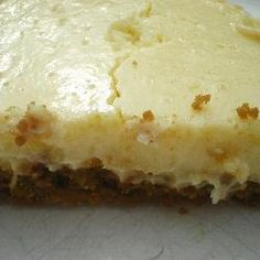 This lemon tart is so easy to make yet is still delicious. I always keep a tin of condensed milk and biscuits in the cupboard just in case there are unexpected visitors. Easy Lemon Tart Recipe, Lemon Dessert Recipes, Tart Recipes, Icing Recipes, Cooking Pumpkin, Cooking Ham, Cooking Rice, Cooking Salmon, Desert Recipes