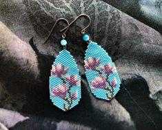 Seed Bead Jewelry, Seed Bead Earrings, Etsy Earrings, Beaded Jewelry, Loom Bracelet Patterns, Beaded Earrings Patterns, Bead Loom Bracelets, Handmade Beads, Handmade Jewelry