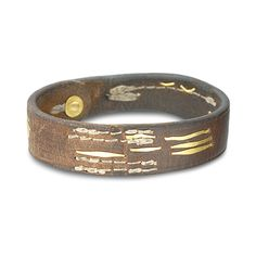 STITCHED LEATHER BRACELET    Leather with 22K gold elements