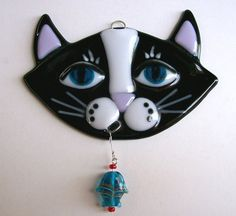 Fused Glass Suncatcher-Black Cat with Fish by CDChilds on Etsy Fused Glass Ornaments, Fused Glass Jewelry, Fused Glass Art, Glass Christmas Ornaments, Mosaic Glass, Slumped Glass, Dichroic Glass, Glass Fusion Ideas, Stained Glass Crafts