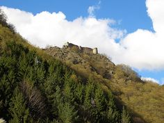 Poenari Castle Historian, Romania, Monument Valley, Places Ive Been, Castle, Country, Heart, Nature, Travel