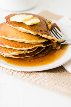 Wonderfully fluffy and delicious with their rich whole grain flavor and mild tartness, these sourdough pancakes are a great way to use up leftover sourdough starter.