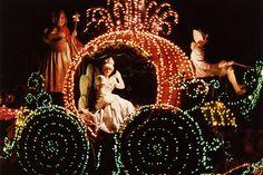 Disney's Main Street Electrical Parade - there's nothing quite like it. Disneyland Paris France, Disneyland Main Street, Vintage Disneyland, Disneyland Trip, Disney Magic Kingdom, Retro Disney, Disney Love, Electric Parade, Electric Light