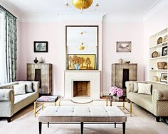 This uptown Manhattan mansion designed bySteven Harris Architects is as symmetrical as they come and beautifully balanced. If you have a central fireplace in your home, follow the lead of...