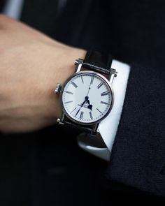 Speake-Marin The Piccadilly PS3E4S stainless steel independent watchmaker time-only rare dress luxury watch with white enamel dial at A Collected Man London