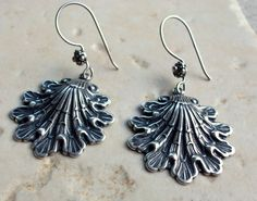 Beachy silver earrings