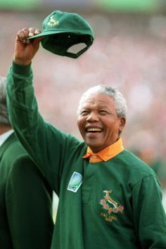 Nelson Mandela in a Springbok jersey, 1995 Rugby World Cup. South Africa Rugby Team, Nelson Mandela Quotes, Cycling Art, Cycling Quotes, Cycling Jerseys, Rugby World Cup, Presidents, Celebrities, Movies