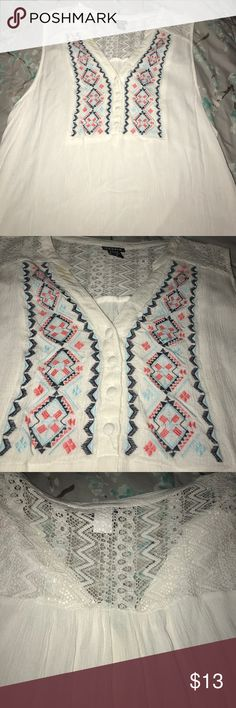 Boho Peasant top For button Bo Ho peasant top short sleeve with upper back lace panel - Flowy and great with jeans! Worn twice torrid Tops Tank Tops