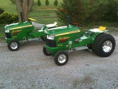 John Deere Garden Tractors, Yard Tractors, Truck And Tractor Pull, Utility Tractor, John Deere Decals, Garden Tractor Pulling, Agriculture Tractor, Truck Pulls, Riding Lawn Mowers