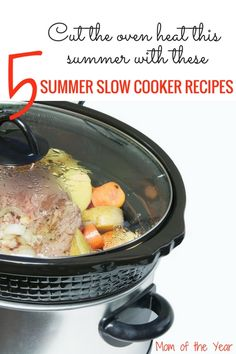 Slow Cooker Beef Pot Roast and Vegetables - Hearty pot roast is always a good idea, and using a crockpot makes it an even better one. Red wine and rosemary give the beef roast loads of flavor, and the veggies really make it a meal. Beef Pot Roast, Slow Cooker Roast, Best Slow Cooker, Slow Cooker Recipes, Crockpot Recipes, Dump Recipes, Cabbage Recipes, Roast Recipes, Vegetable Recipes